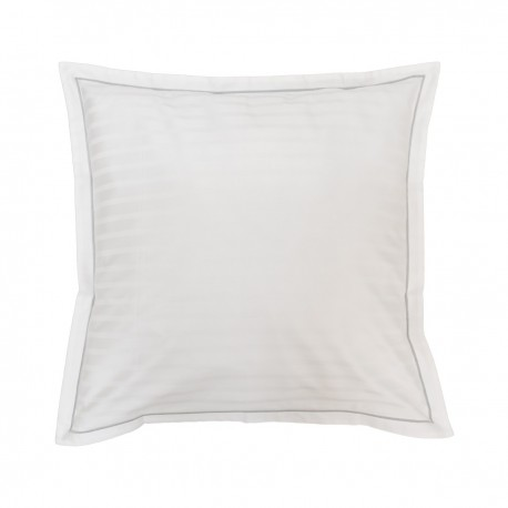 Reign - Satin Pillowcase