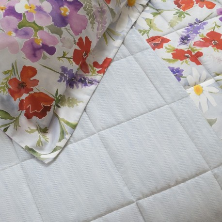 Quilted Throw, Daisy
