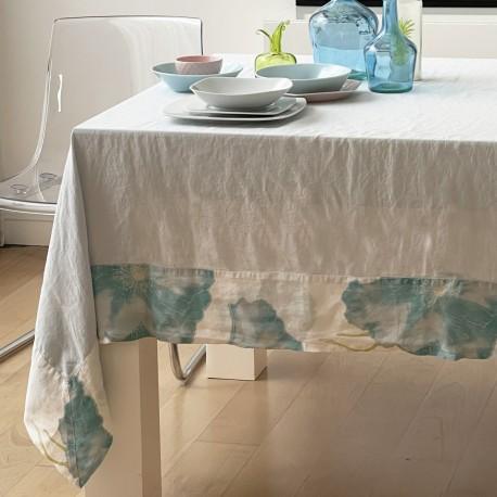 Tablecloth, ESSENCE